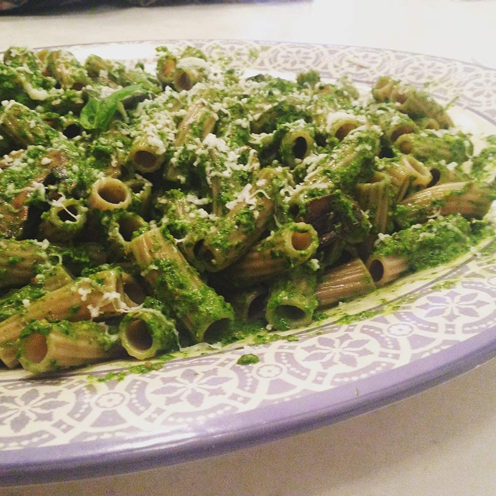 Brown Rice Pasta with Spinach Pesto